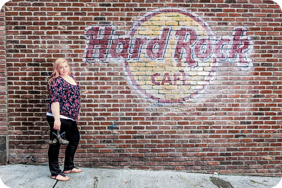 Senior Pictures at the Hard Rock Cafe in Seattle, Washington