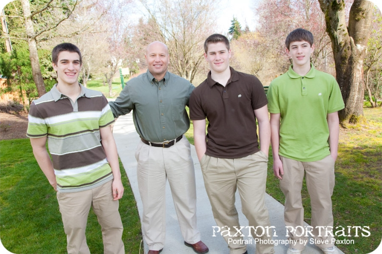 The Golden Family – Sneak Peek - Family Portraits at Jennings Park