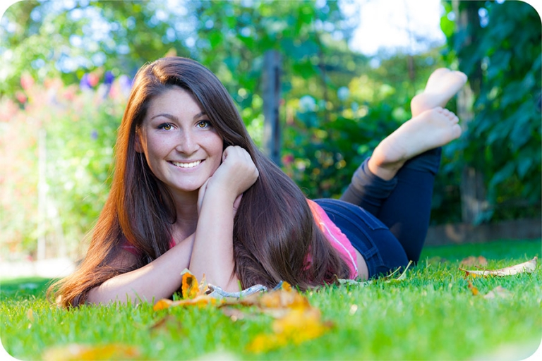 Fall Senior Pictures for Girls in Marysville, 98270