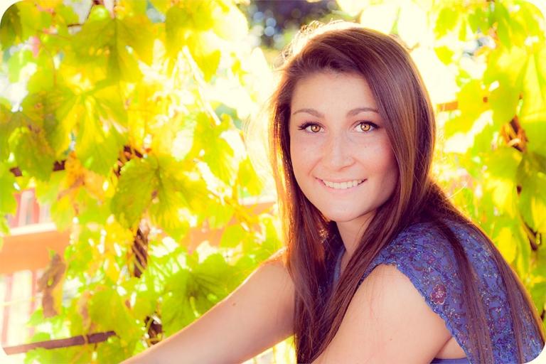 Fall Senior Portraits for Girls in Marysville, WA 98270
