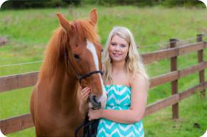 Arlington High School Senior Portraits with a Horse